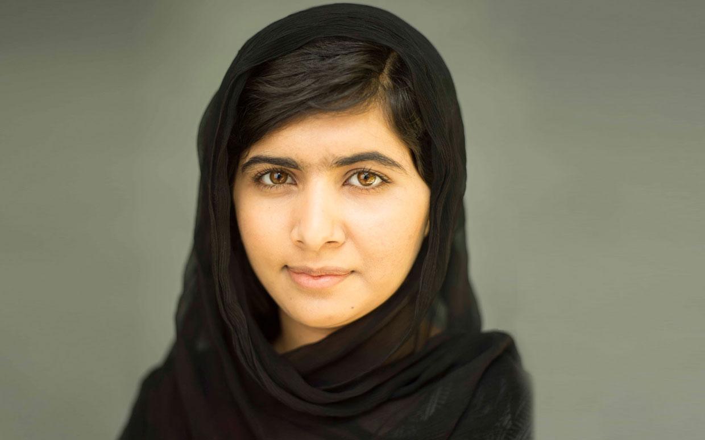 Las 10 cosas que debes saber sobre la ganadora del Premio Nobel más joven de la historia: Malala Yousafzai - hotbook-1