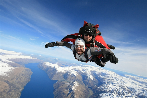 nzoneskydive.co.nz