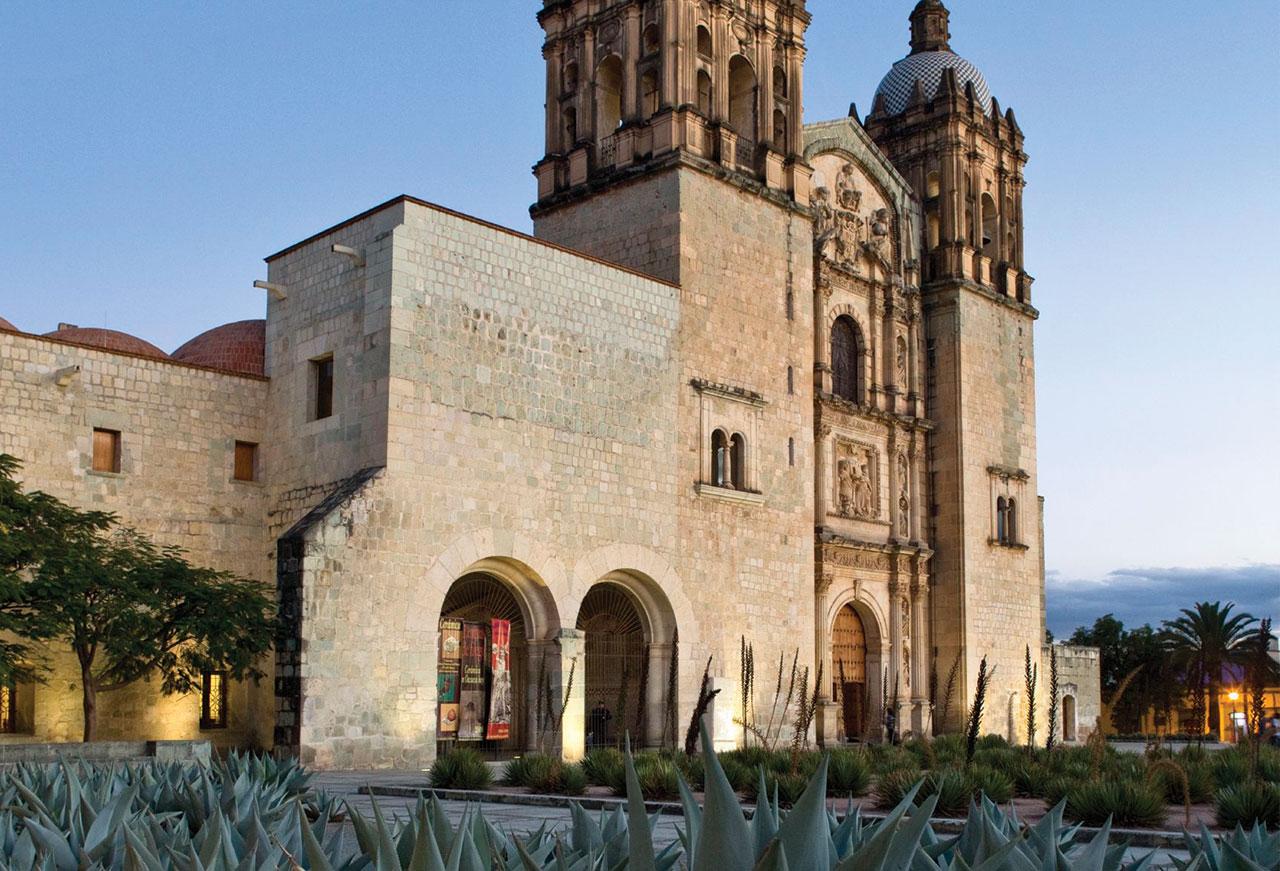 Oaxaca: Entre pintura contemporánea y alebrijes - portada_oax