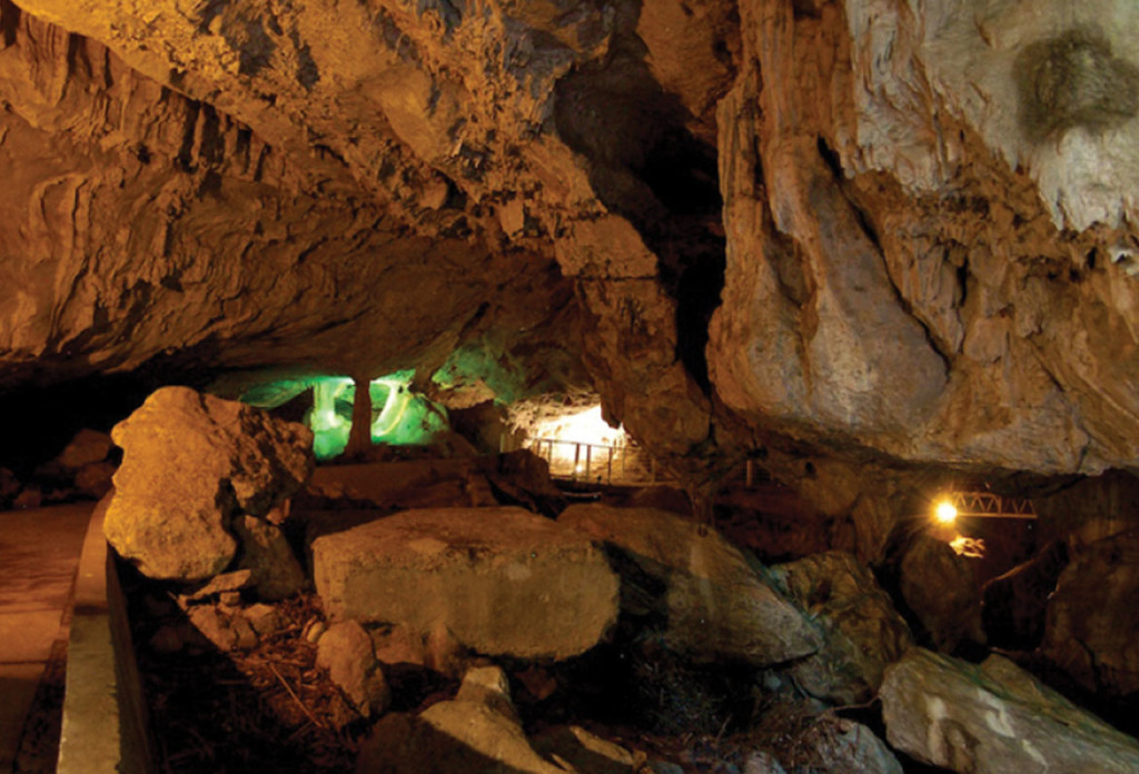 http://www.hotelavenidaixmiquilpan.com.mx/images/hotel-ixmiquilpan-grutas-xoxafi.png