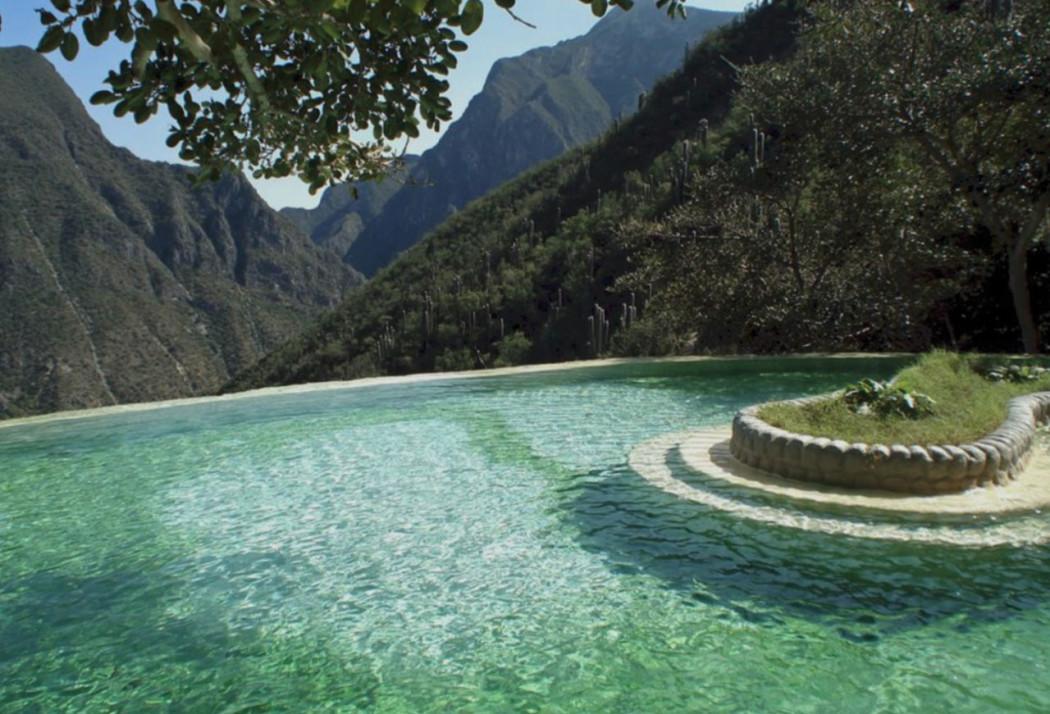 Visitar los prismas bas lticos de hidalgo hotbook for Visitar la alberca y alrededores
