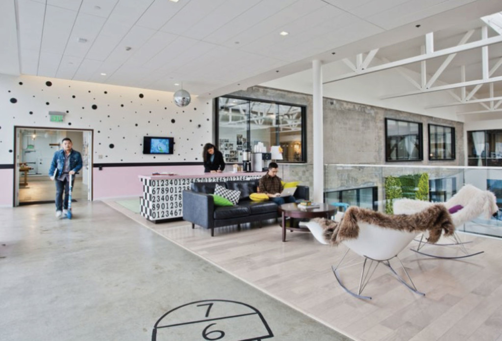 https://customspaces.com/office/ZewNn5vLy4/airbnb-office-san-francisco/p/2/