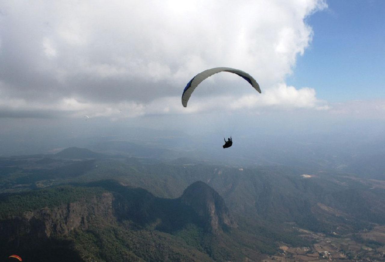 Volar en parapente en Valle de Bravo - valle3