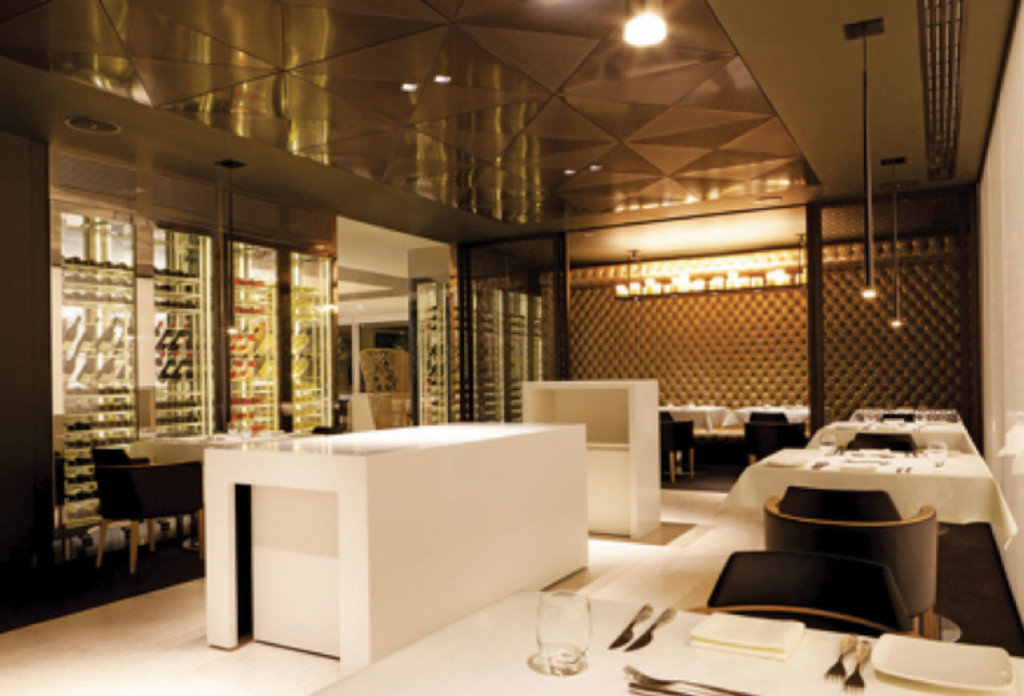 http://www.ausbt.com.au/qatar-first-class-lounge-access-for-oneworld-frequent-flyers