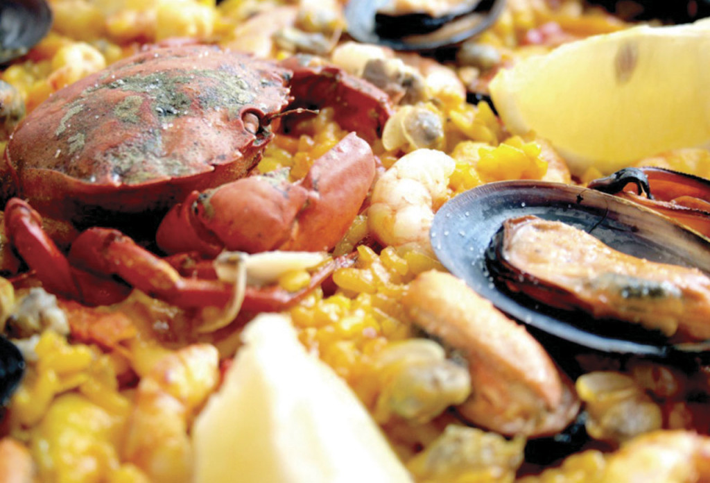 http://www.gourmandbreaks.com/blog/traditional-spanish-seafood-paella/