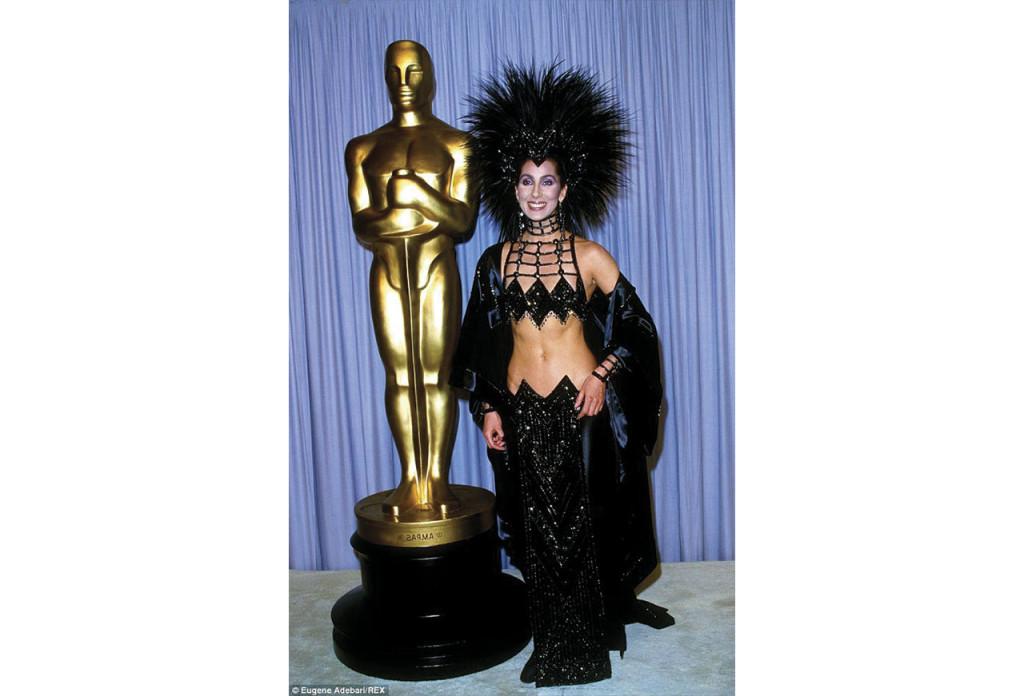 http://www.dailymail.co.uk/tvshowbiz/article-2582646/Cher-reveals-heartbreak-favourite-designer-backs-Dressed-Kill-tour.html