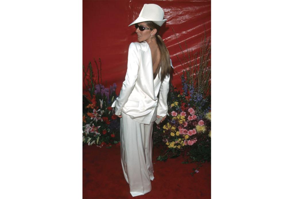 http://www.popsugar.co.uk/fashion/photo-gallery/36909519/image/36909454/Celine-Dion-1999-Academy-Awards