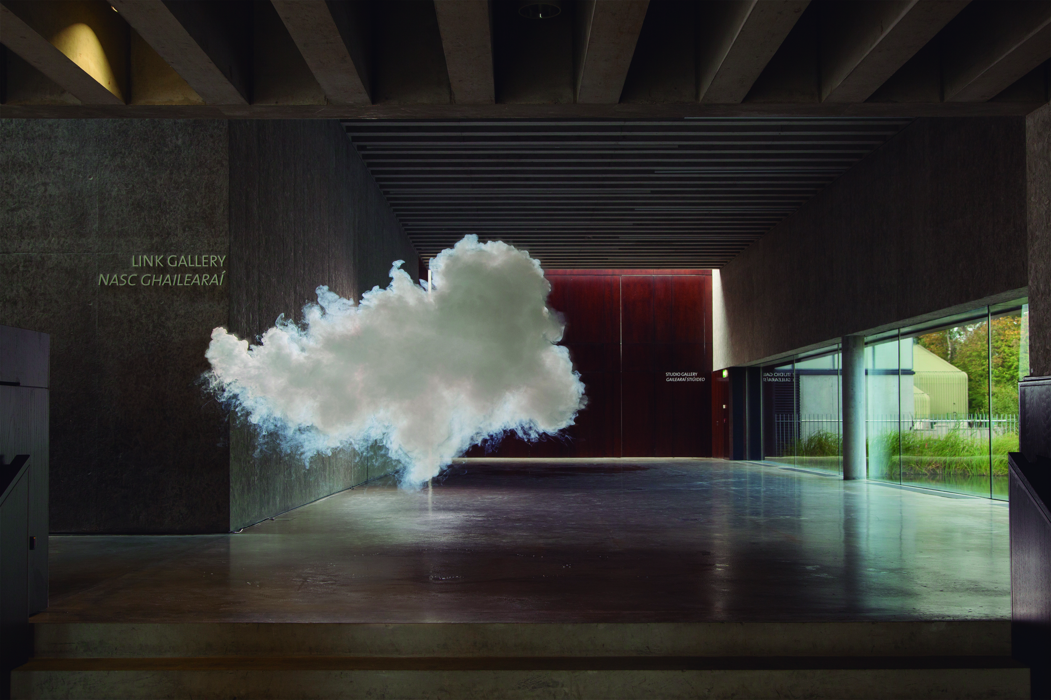 HOTphoto: Berndnaut Smilde - berndnaut-smilde-nimbus-visual-2013-courtesy-the-artist-and-ronchini-gallery-2