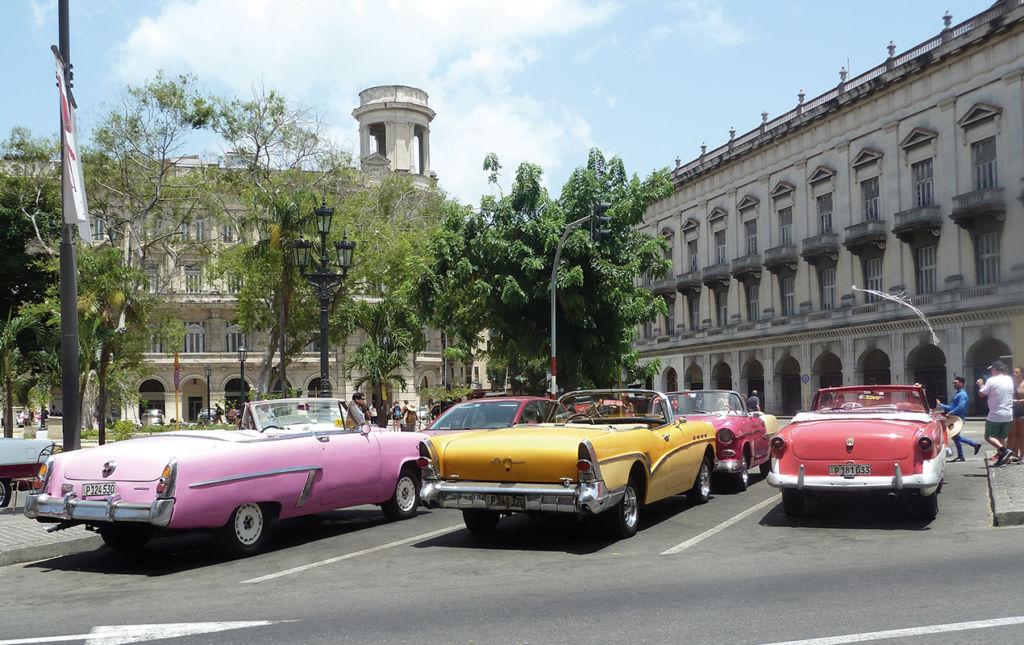 48 Horas en La Habana - 48 horas en La Habana - Coches Descapotables