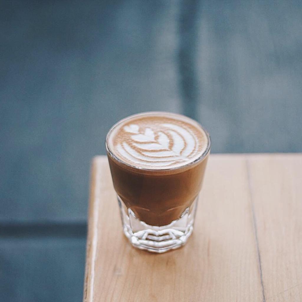 Descubre nuestros cafés favoritos en la CDMX - PORTADA alma negra