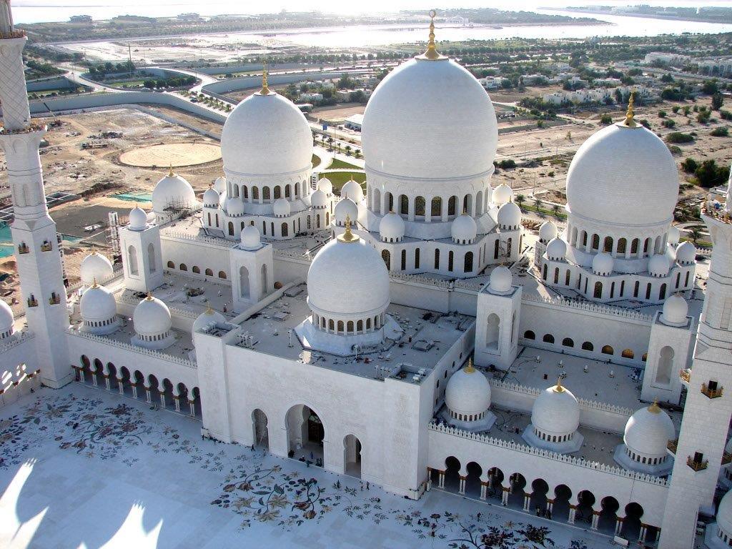 Guía para visitar Abu Dabi - Cultura y Turismo Sheikh-Zayed-Mosque
