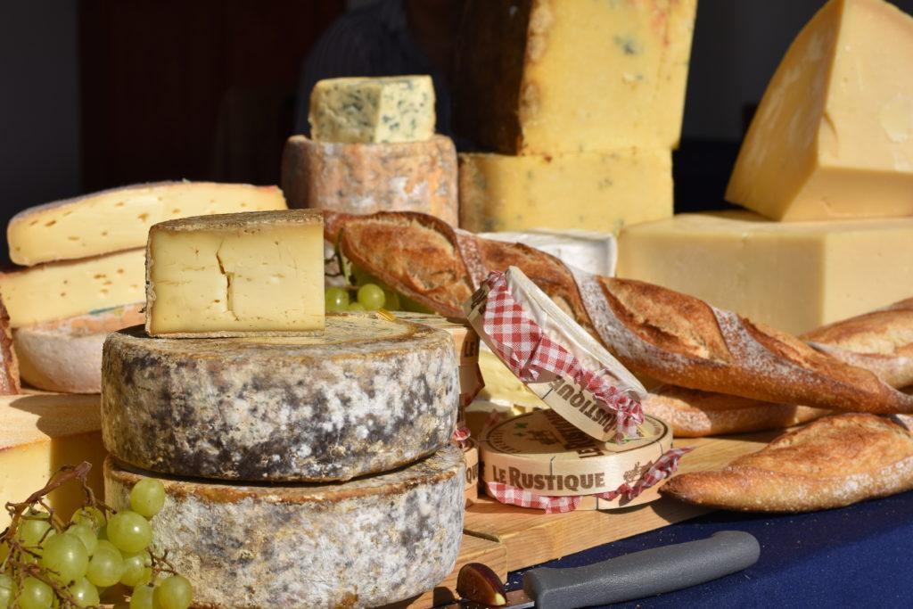 La Maison du Fromage, la primera boutique de Le Petit Gourmand - Hotbook La Maison du Fromage la primera boutique de Le Petit Gourmand portada