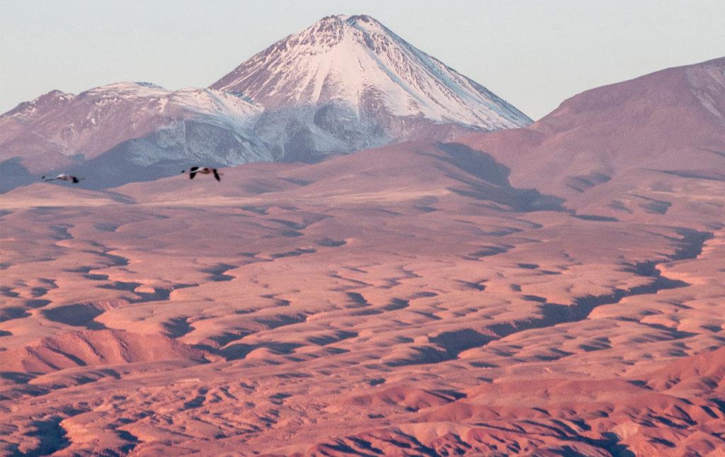 Atacama: postales del desierto más seco del mundo - montaña desierto paisaje tierra
