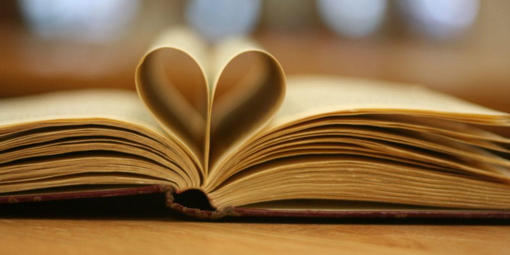 Historias románticas que tienes que leer durante este mes - Hotbook Historias románticas que tienes que leer durante este mes portada