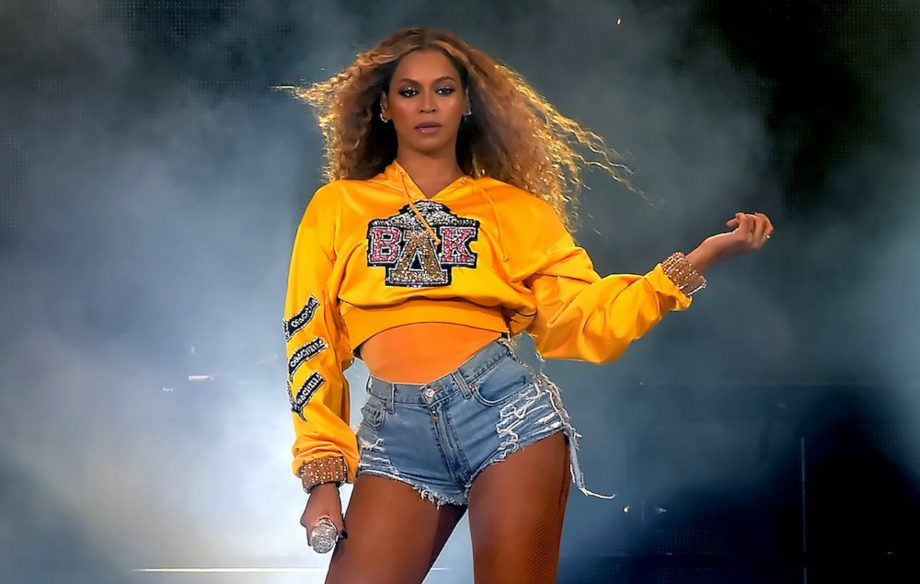 """Homecoming: el nuevo documental de Beyoncé llega a Netflix - Hotbook Llega a Netflix el nuevo documental de Beyoncé """"Homecoming"""" portada"""