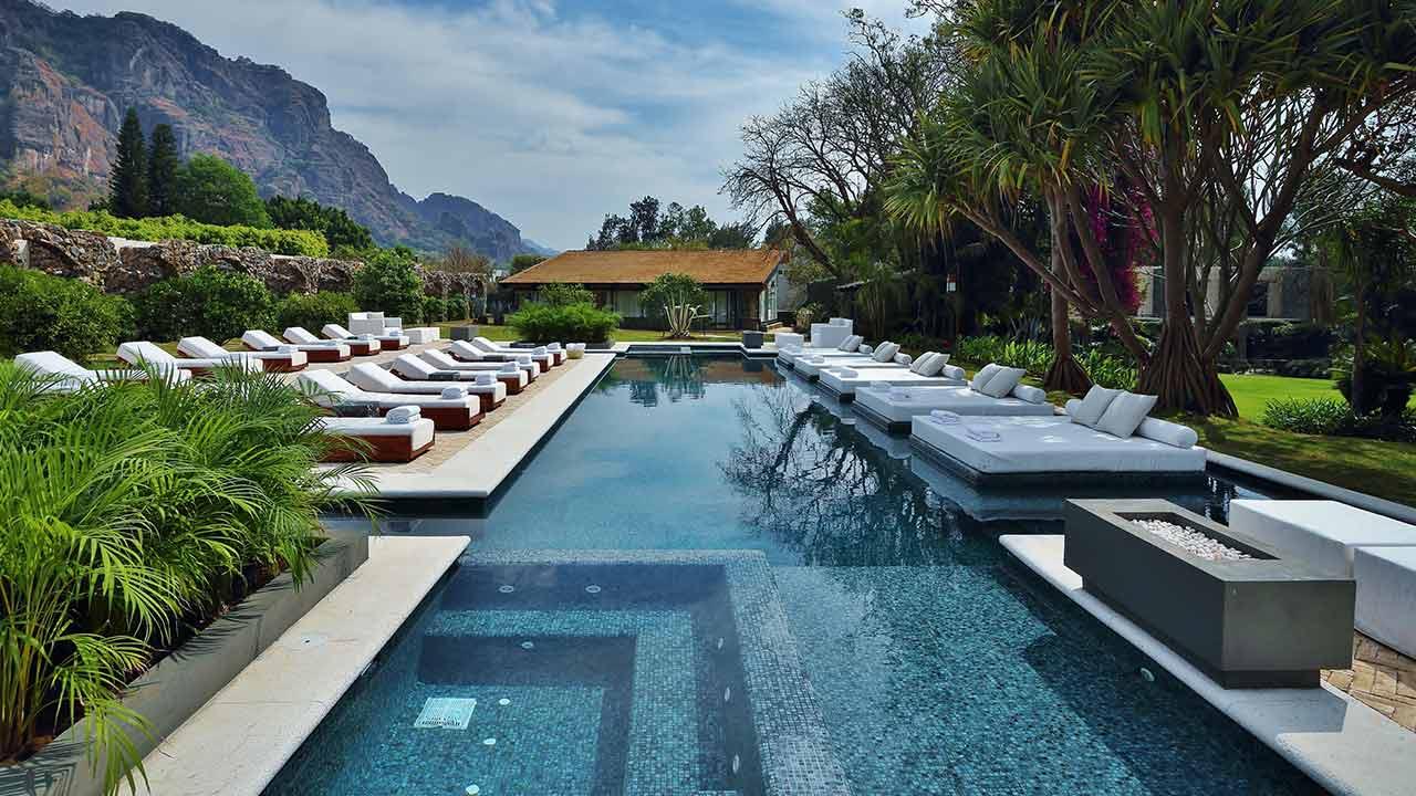Hoteles cerca de la CDMX para conocer en Semana Santa - piscina_001-jpg