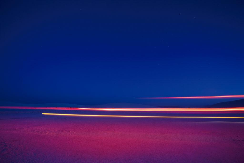 Tobias Hutzler: fotografía en movimiento - Hotphoto luces colores azul rosa