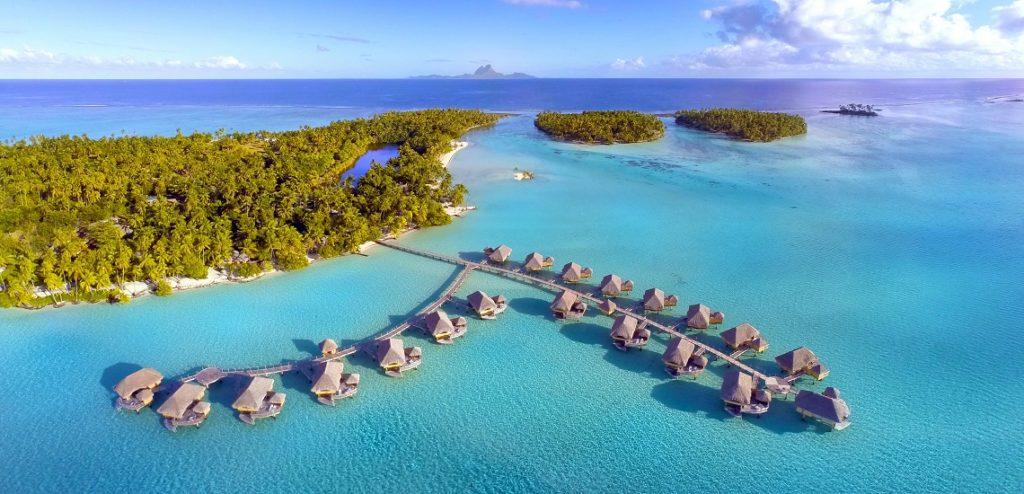 Los mejores resorts con bungalós sobre el agua - HotelesBúngalos_PORTADA