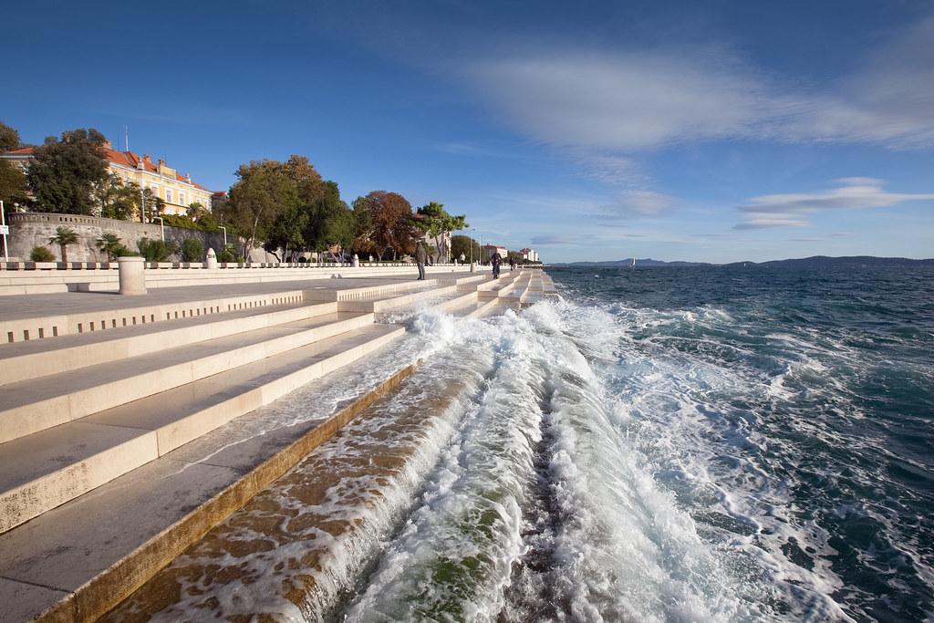Nikola Bašić crea música con las olas del mar de Croacia - Nikola Bašić crea música con las olas del mar de Croacia portada