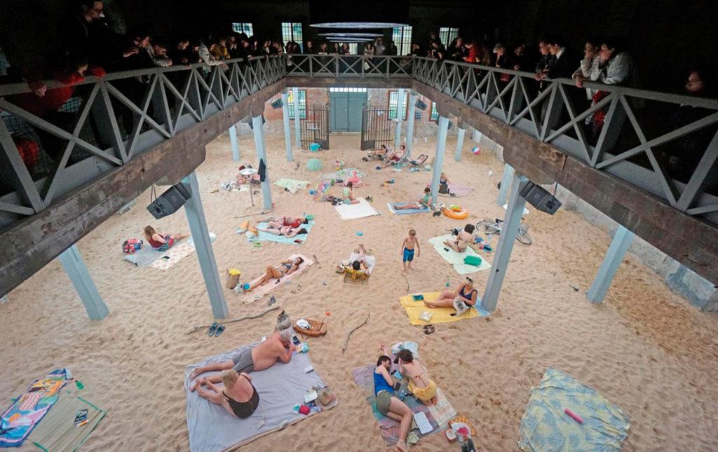 Biennale di Venezia, lo más selecto en arte - PORTADA_hotbook_hotculture_hotart_labienalledivenezia_bienalle_pabellón de Lituania • Leon de Oro
