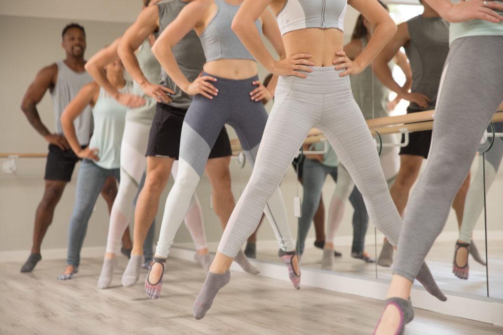 Estudios de ejercicio que estarán dando clases online durante estos tiempos de aislamiento - Portada Estudios de ejercicio que estarán dando clases online durante estos tiempos de aislamiento