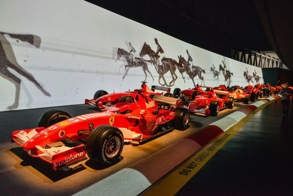 9 museos de coches que puedes visitar desde casa - 9 museos de coches que puedes visitar desde casa portada