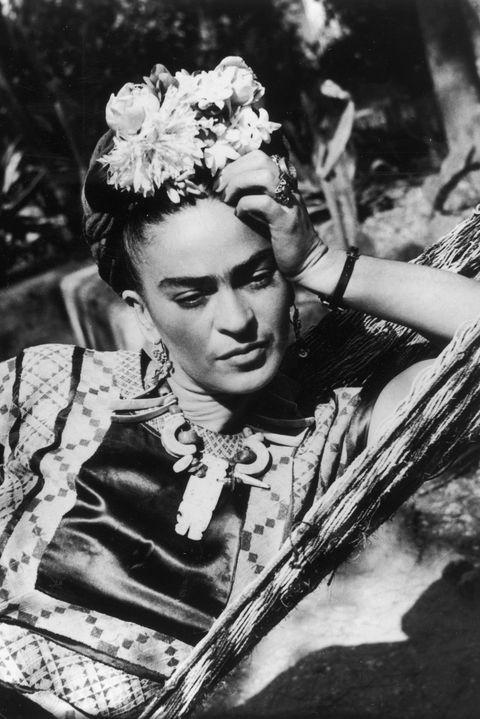 10 datos que no sabías sobre Frida Kahlo, la icónica artista mexicana - Portada datos que no sabías sobre Frida Kahlo la icónica artista mexicana Frida Kahlo google verano vacaciones animales en peligro de extinción google frida Kahlo