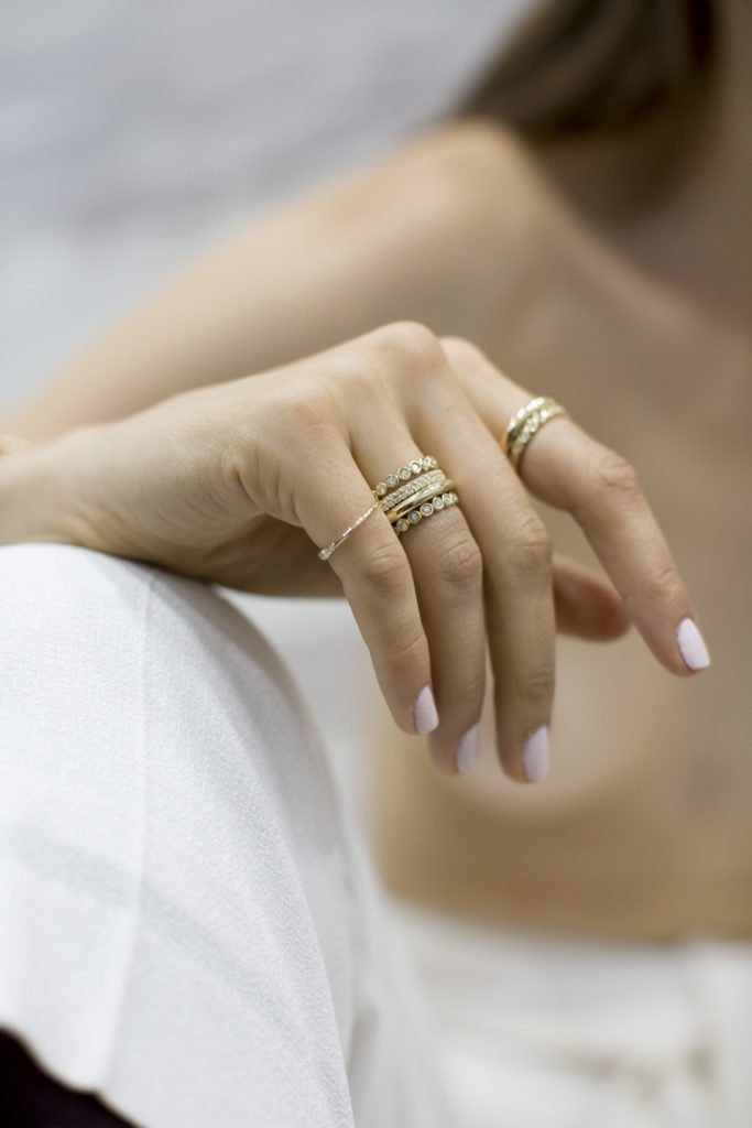 Ring mix and match: cómo hacer el stacking perfecto con tus anillos - PORTADA_ringsmixandmatch