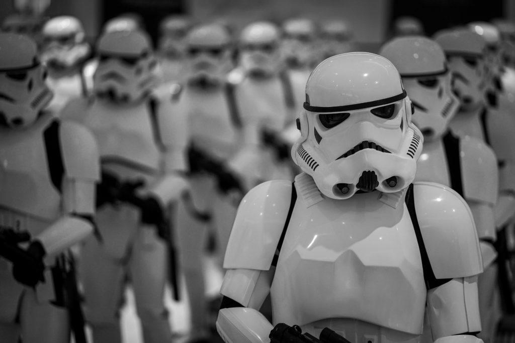 Todo lo que tienes que saber de Star Wars, una de las sagas más populares de la historia - portada Todo lo que tienes que saber sobre la Star Wars una de las sagas más populares de la historia google star wars jedi Instagram amazon luke skywalker zoom online darth vader storm trooper