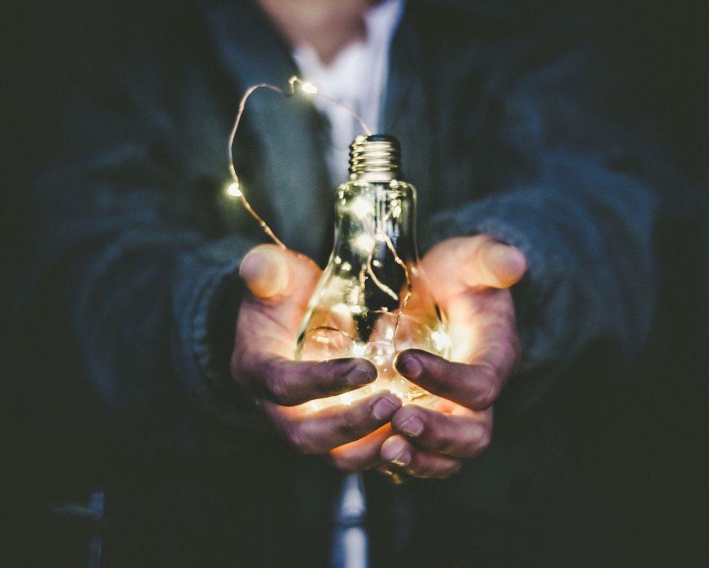 TrepCamp: conviértete en un emprendedor y transforma el mundo con tu innovador proyecto - riccardo-annandale-7e2pe9wjL9M-unsplash