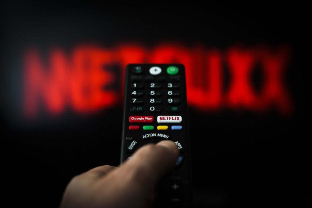 Netflix hacks que no puedes pasar por alto - Portada Netflix hacks que no puedes dejar pasar por alto netflix codes netflix codes películas google amazon streaming amazon prime codes Disney google netflix codes